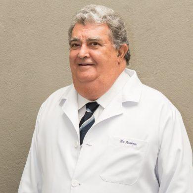 Dr. Arakém Carneiro