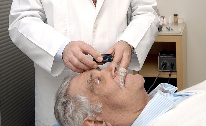 Conheça o exame ocular que pode detectar doenças no corpo