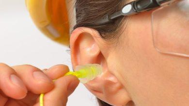 Protetores de ouvido ajudam a prevenir a perda auditiva precoce