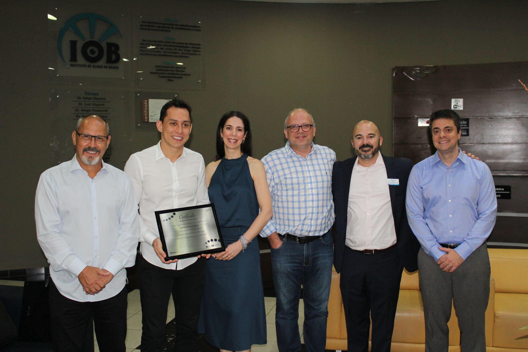 IOB recebe representantes global e nacional da Alcon LensX para atualização de equipamento de cirurgia à laser