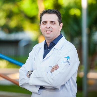 Dr. Cristiano Tonello <br> CRM 140.858 <br> RQE 26667 | 26668